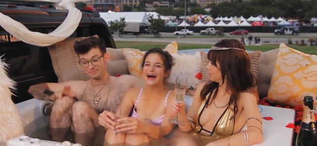 Video Licks: Tubbin' with Tash hits the Road! ft. Jenny Slate