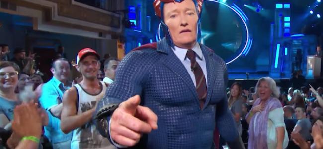 Video Licks: Super Suits, Sausages, Sandwich Slicing & MORE at CONAN-Con