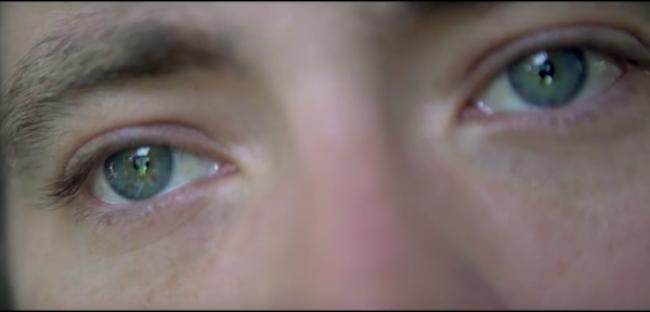 "Video Licks: A Desperate Soul Looks for Love in This Super Funny ""Despacito"" Cover"