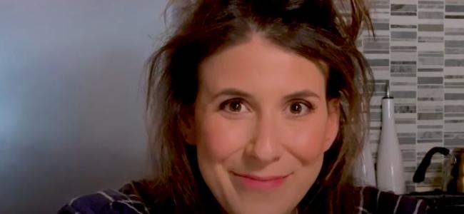 "Video Licks: Watch as ANNA ROISMAN Makes Her Boyfriend Disappear à la ""Home Alone"""